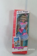 004 - Barbie doll playline - several dolls