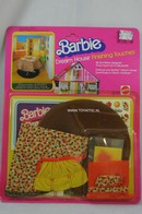 005 - Barbie playline furniture