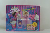 010 - Barbie playline furniture