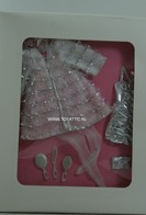 011 - Barbie collectible several