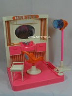 014 - Barbie playline furniture