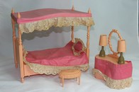 018 - Barbie vintage furniture