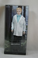 021 - Barbie doll collectible