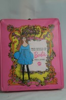 031 - Barbie vintage carry cases