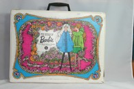 032 - Barbie vintage carry cases