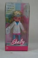 084 - Barbie doll playline - shelly