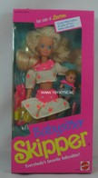 089 - Barbie doll playline - several dolls