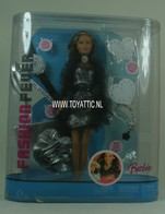 141 - Barbie doll playline
