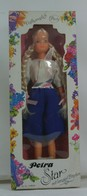 185 - Barbie doll playline - several dolls