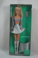 291 - Barbie doll collectible