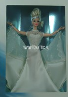 371 - Barbie doll collectible