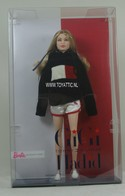 496 - Barbie doll collectible